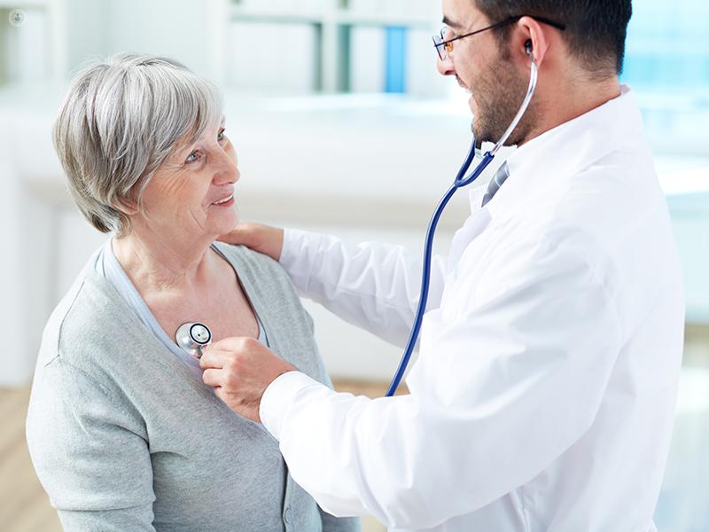Visita medico e paziente